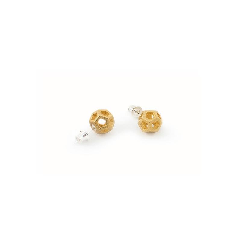 Angular Monogold Gold Earring.04
